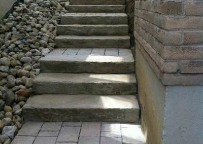 curb-appleal-natural-stone-steps